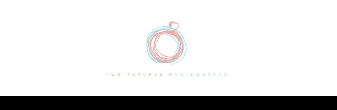 TWO PEACHES PHOTOGRAPHY